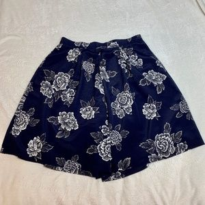 Lucia Wide Leg Shorts in Blue Floral